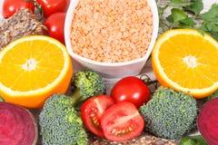 Alimento nutriente sano come l'acido folico di fonte, i minerali, la vitamina B9 e fibra dietetica fotografia stock libera da diritti