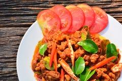 Alimento piccante della carne di maiale con il pomodoro della fetta di alimento tailandese Fotografie Stock Libere da Diritti