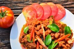 Alimento piccante della carne di maiale con il pomodoro della fetta di alimento tailandese Immagine Stock Libera da Diritti