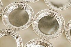 Alimento rotondo del foglio di alluminio isolato Immagine Stock Libera da Diritti