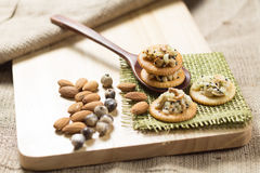 Alimento sano, craker del cereale Fotografie Stock Libere da Diritti