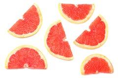 Alimento sano Pomelo cortado aislado en el fondo blanco Visión superior imagen de archivo