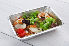 Alimento sano in scatole, concetto di dieta Immagini Stock Libere da Diritti