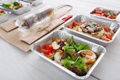 Alimento sano in scatole, concetto di dieta Fotografie Stock Libere da Diritti