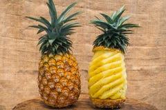 Alimento saudável do abacaxi do fruto fresco imagem de stock