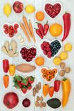 Alimento saudável do coração imagens de stock royalty free