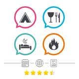 Alimento, sonno, tenda di campeggio e segni del fuoco Fotografia Stock Libera da Diritti