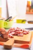 Alimento sulla scheda di taglio Fotografia Stock Libera da Diritti