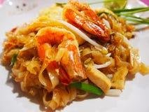 Alimento tailandês delicioso, tailandês da almofada do camarão imagens de stock royalty free