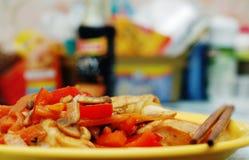 Alimento tailandês - fritada #0 do Stir fotografia de stock