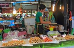 Alimento tailandese da vendere, Tailandia Immagine Stock