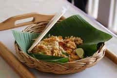 Alimento tailandese delle tagliatelle tailandesi del cuscinetto Fotografie Stock