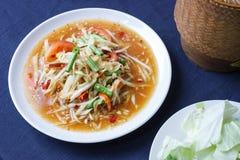 Alimento tailandese, insalata piccante, TUM del SOM Immagini Stock Libere da Diritti