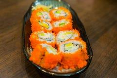 Alimento tradicional do sushi japonês Foto de Stock