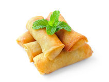 Alimento tradicional dos rolos de mola isolado nos vagabundos brancos Imagem de Stock
