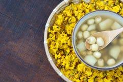 Alimento vietnamiano, mingau doce da semente dos lótus Imagem de Stock Royalty Free