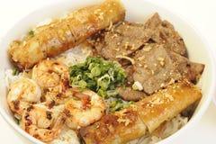 Alimento vietnamita aislado en blanco foto de archivo libre de regalías