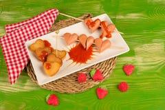 Alimentos de preparación rápida del día de tarjetas del día de San Valentín Foto de archivo libre de regalías