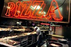 Alimentos de preparación rápida - pizza Imagen de archivo libre de regalías