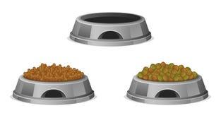 Alimentos para animais de estimação na bacia Imagens de Stock Royalty Free