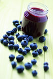 Alimentos para niños - arándanos Foto de archivo