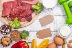 Alimentos para os músculos de construção fotos de stock royalty free