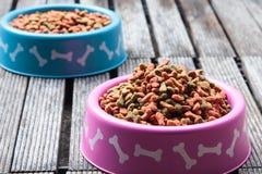 Aliments pour chiens Photo stock