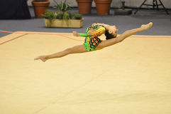 Alina Makarenko, Rússia, executando na corda Imagens de Stock Royalty Free