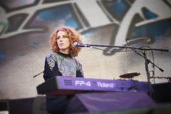 Alina Orlova au concert solo au festival de Zaxidfest Photographie stock libre de droits