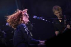 Alina Orlova au concert solo au festival de Zaxidfest Photos libres de droits