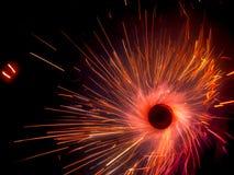 Alinee la luz estilo ardiente del círculo de la bengala del partido de la Navidad y del Año Nuevo en fondo negro Foto de archivo libre de regalías