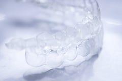 Alinhadores invisíveis dos dentes imagens de stock royalty free