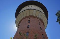 ` Alisa ` водонапорной башни серое, Рига стоковая фотография