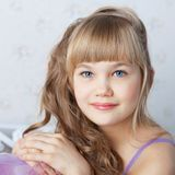 alisa blondes Gesicht mit blauen Augen Lizenzfreies Stockfoto