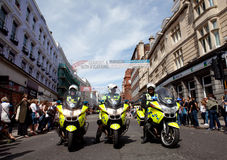 Aliste para el desfile en el orgullo alegre 2011 de Brighton Imagenes de archivo