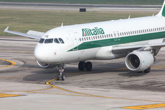 Alitalia - Airbus A320 Royalty Free Stock Photography