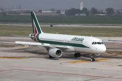 Alitalia - Airbus A320 Royalty Free Stock Photo