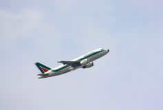 Alitalia airplane taking off Royalty Free Stock Photography