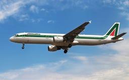 Alitalia-Luchtbus A321 Royalty-vrije Stock Fotografie