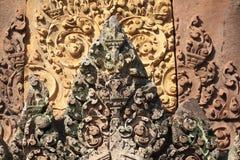 Alivios en Banteay Srei en Siem Reap, Camboya imagen de archivo libre de regalías