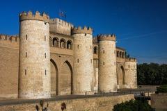 Aljaferia-Schloss in der Mitte von Saragossa-Stadt Stockfotos