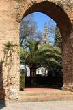 Alkasar (Séville), vue sur Giralda Photo stock