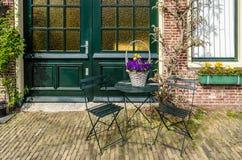 ALKMAAR holandie - KWIECIEŃ 22, 2016: Miastowy szczegół w Alkmaar Obrazy Stock