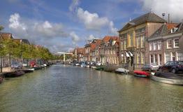 Alkmaar kanal, Holland Royaltyfria Bilder