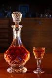 Alkohol in der Karaffe Stockbild