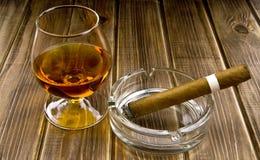 Alkohol i dymienie Zdjęcia Royalty Free
