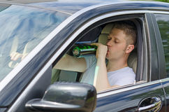 Alkohol- oder Drogenmissbrauch am Steuer Lizenzfreie Stockfotografie
