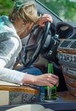 Alkohol- oder Drogenmissbrauch am Steuer Stockfotografie