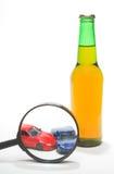 Alkohol- oder Drogenmissbrauch am Steuer Stockfotos