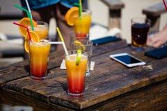 Alkohol orange Daiquiri und Kuba-libre Cocktail lizenzfreie stockfotografie
